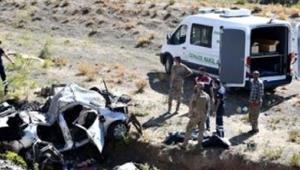 Kars'ta büyük üzüntü Başkanın iki kız kardeşi ile iki yeğeni kazada yaşamını yitirdi!