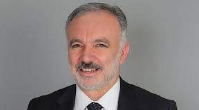 Kars tarihinde ilk kez bir Belediye Başkanı görevinden istifa ediyor.