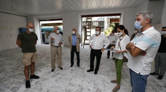 Konak'ta tarihi İstiklal İlkokulu için geri sayım