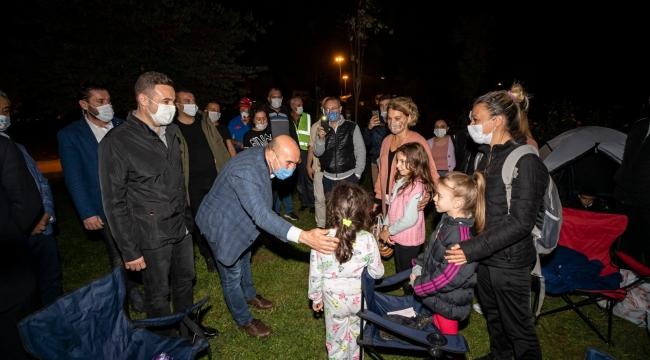 Başkan Soyer depremde son durumu anlattı