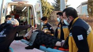 İki araç çarpıştı: 7 yaralı