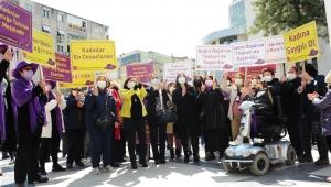 Balçovalı Kadınlardan İstanbul Sözleşmesi Protestosu