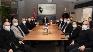 CHP Milletvekili Hüseyin Yıldız'dan Kuşadası Belediyesi'ne Ziyaret