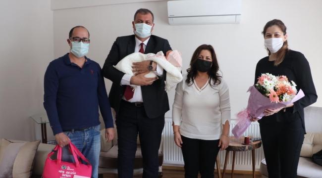 Hoş Geldin Bebek Projesi Başkan Duran'ın Ziyaretleri İle Başladı