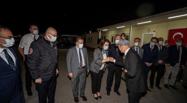 Başkan Soyer bayramlaşmaya sabah 05.00'te ESHOT'ta başladı