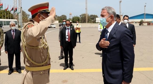 Millî Savunma Bakanı Hulusi Akar Libya'da