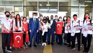 Türkiye'nin gururu Bornova'ya döndü