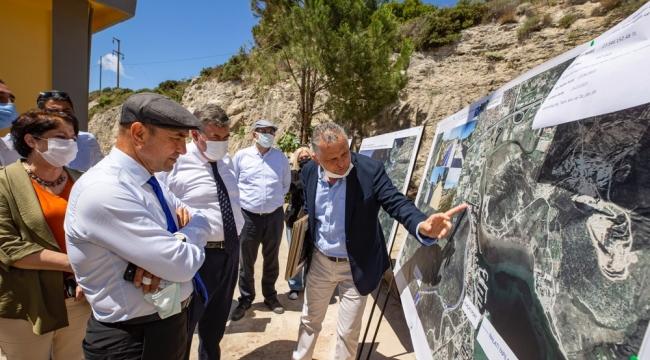 """Başkan Soyer'den Çeşme ziyareti Soyer: """"Çeşme'nin 50 yıllık geleceğini planlıyoruz"""""""