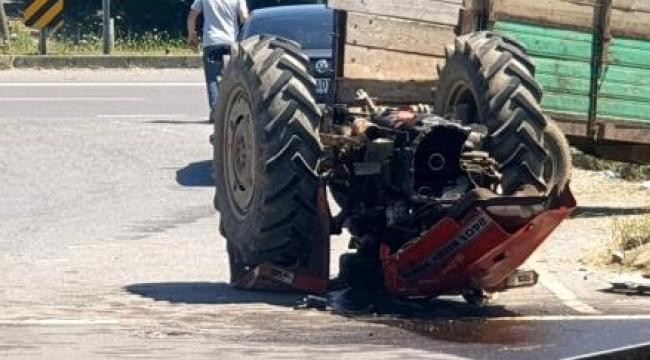 Otomobil ile çarpışan traktör ikiye ayrıldı: 1 yaralı