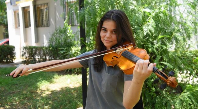 Bornova'nın genç yeteneği Amerika yolcusu