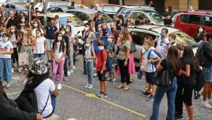 İtalya'da öğretmen ve öğrencilere 'Aşı kartı' zorunluluğu getirildi