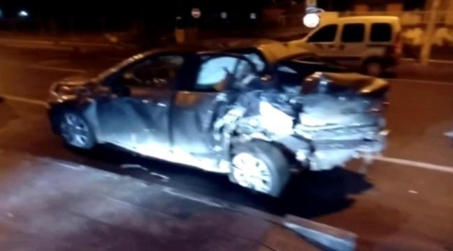 Ardahan'da 2 otomobil çarpıştı, 1 kişi öldü, 4 kişi yaralandı