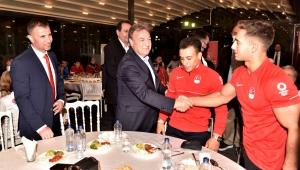 Başkan İduğ'dan cimnastikçilere müjde