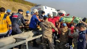 Samsun'da yolcu otobüsü devrildi! Ölü ve yaralılar var