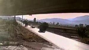 Tır ile traktörün çarpıştığı kazada 1 kişi öldü, 1 kişi ağır yaralandı