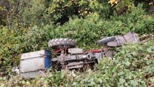 Traktör takla attı: 1 ölü, 1 yaralı