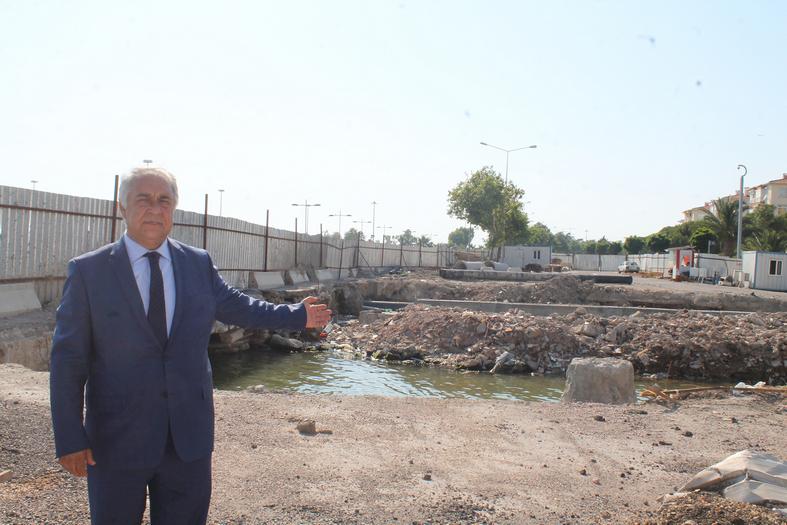 """""""TRAMVAYI YAPTI, KÖPRÜYÜ UNUTTU!"""""""