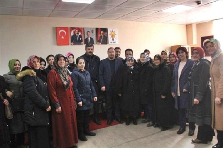 AK Parti Çıldır'da Kadın Kolları ve Gençlik